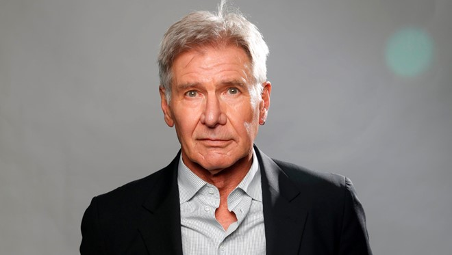 Harrison Ford lai may bay dam vao mot chiec Boeing hinh anh 1
